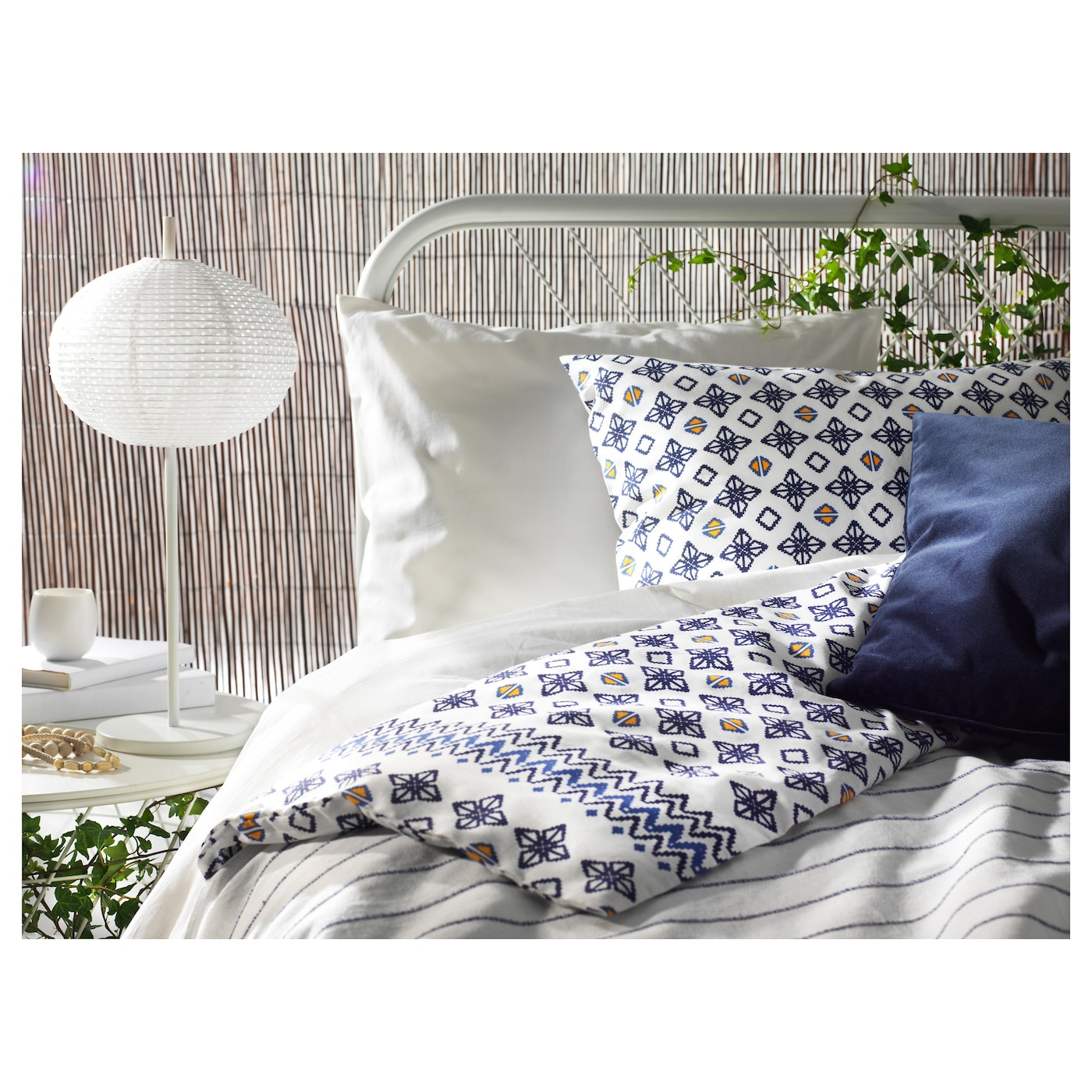 sommar 2017 quilt cover and 4 pillowcases white blue 200x200 50x80 cm ikea. Black Bedroom Furniture Sets. Home Design Ideas