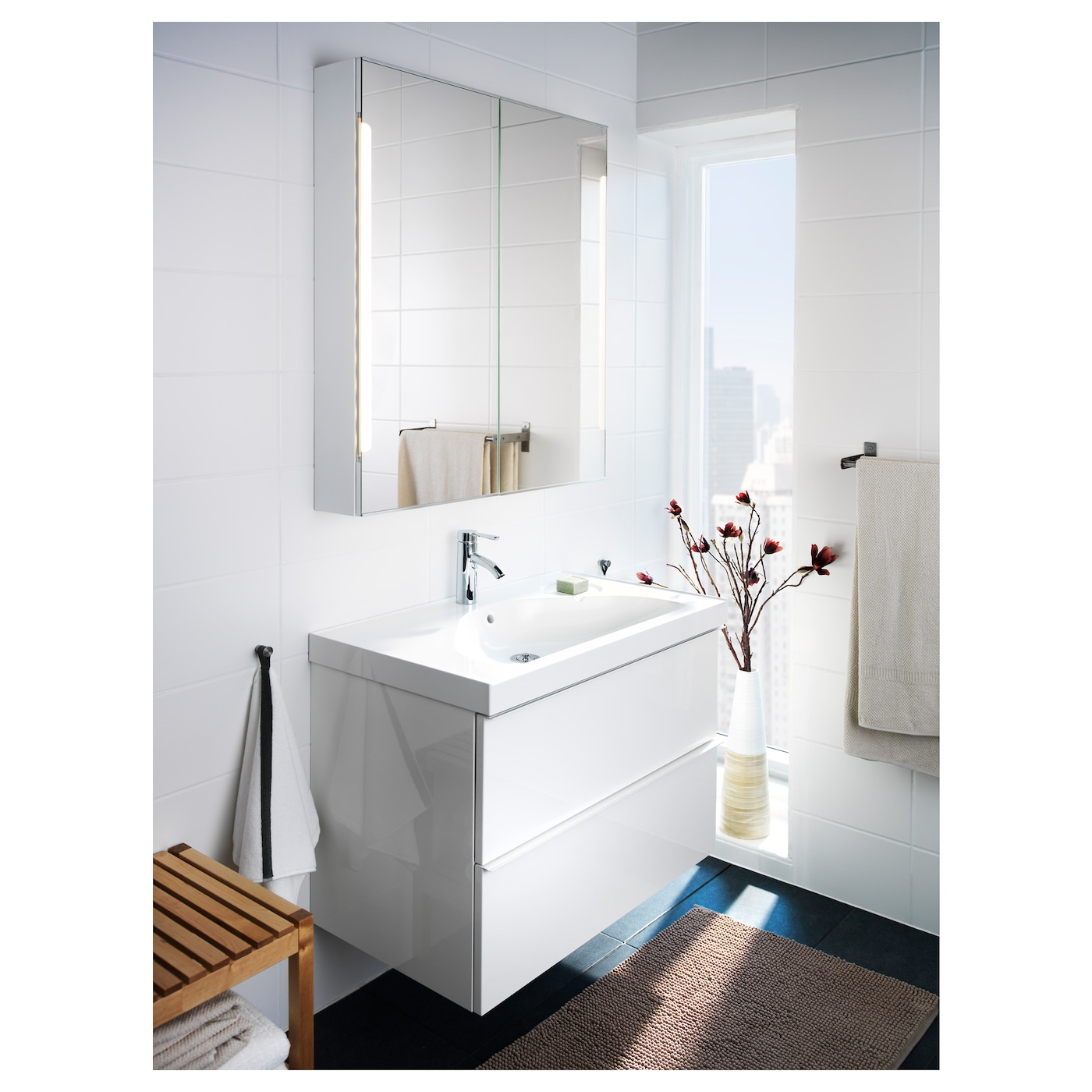 Storjorm mirror cab 2 door built in lighting white for Ikea bagno mobili
