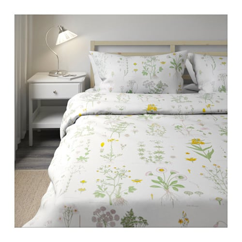 strandkrypa quilt cover and 4 pillowcases floral patterned. Black Bedroom Furniture Sets. Home Design Ideas