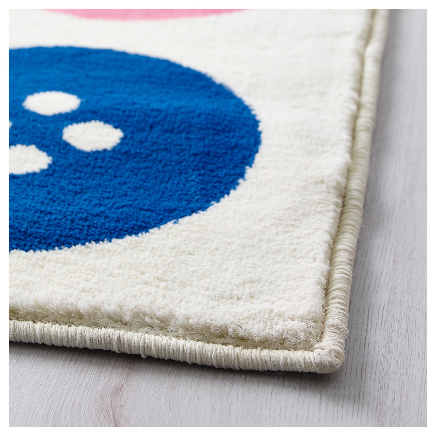 IKEA TÅSTRUP rug, low pile The thick pile dampens sound and provides a soft surface to walk on.