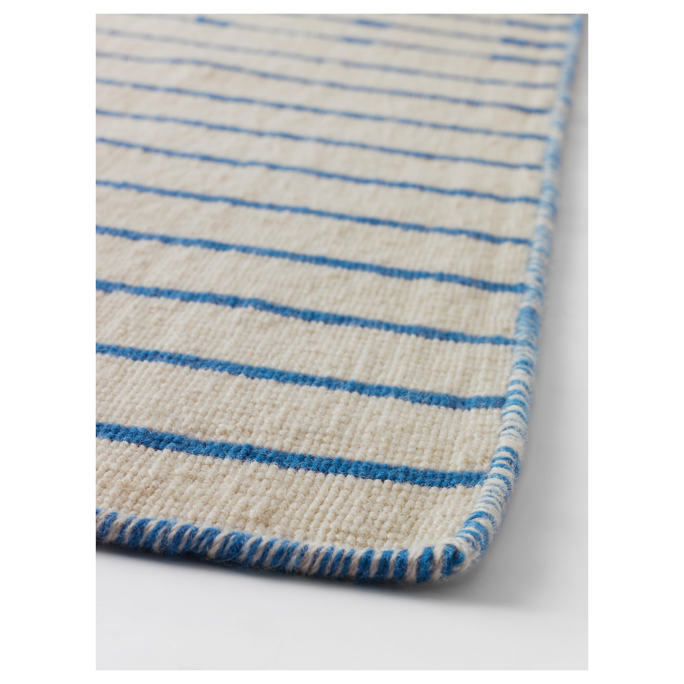 IKEA TJÄREBY rug, flatwoven Easy to vacuum thanks to its flat surface.