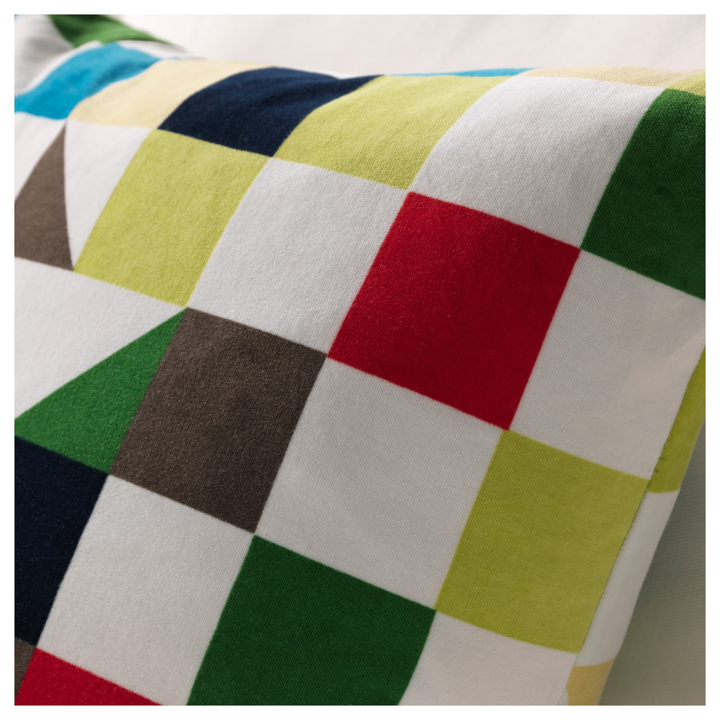 IKEA TULPANTRÄD cushion Cotton velvet gives depth to the colour and softness to the touch.