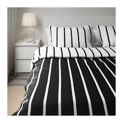 tuvbr cka quilt cover and 4 pillowcases black white 200x200 50x80 cm ikea. Black Bedroom Furniture Sets. Home Design Ideas