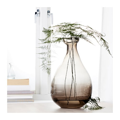 IKEA VÅRVIND vase Use the vase with flowers or alone, as a beautiful object in its own right.
