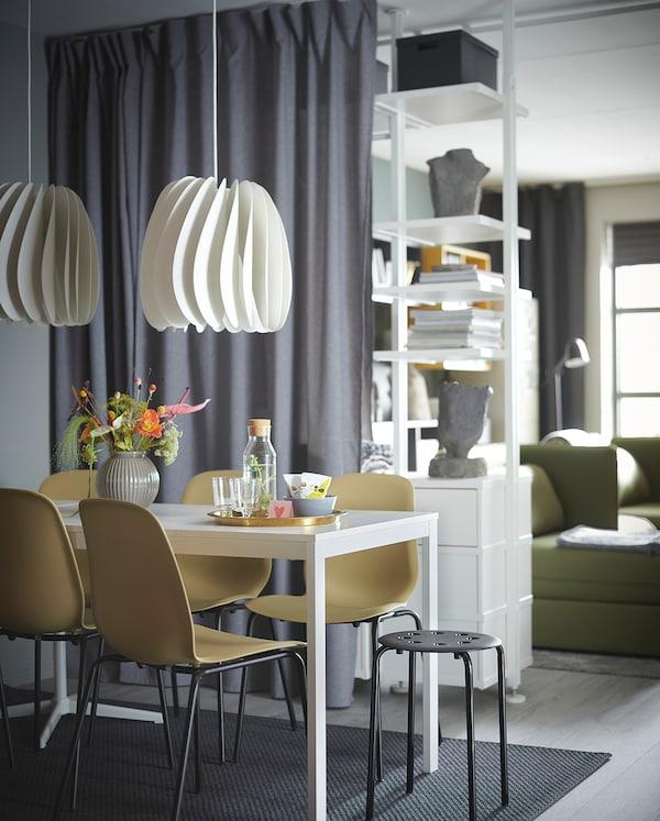 VANGSTA Extendable table, white, 120/180x75 cm