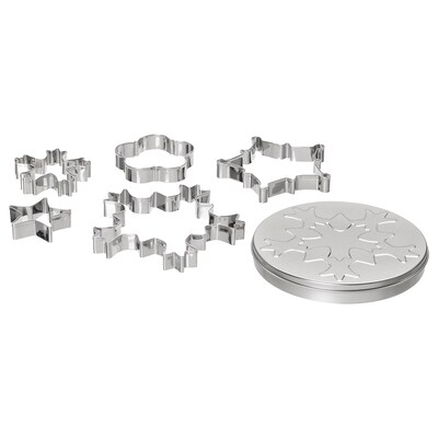 VINTER 2021 5 pastry cutters with tin, mixed shapes