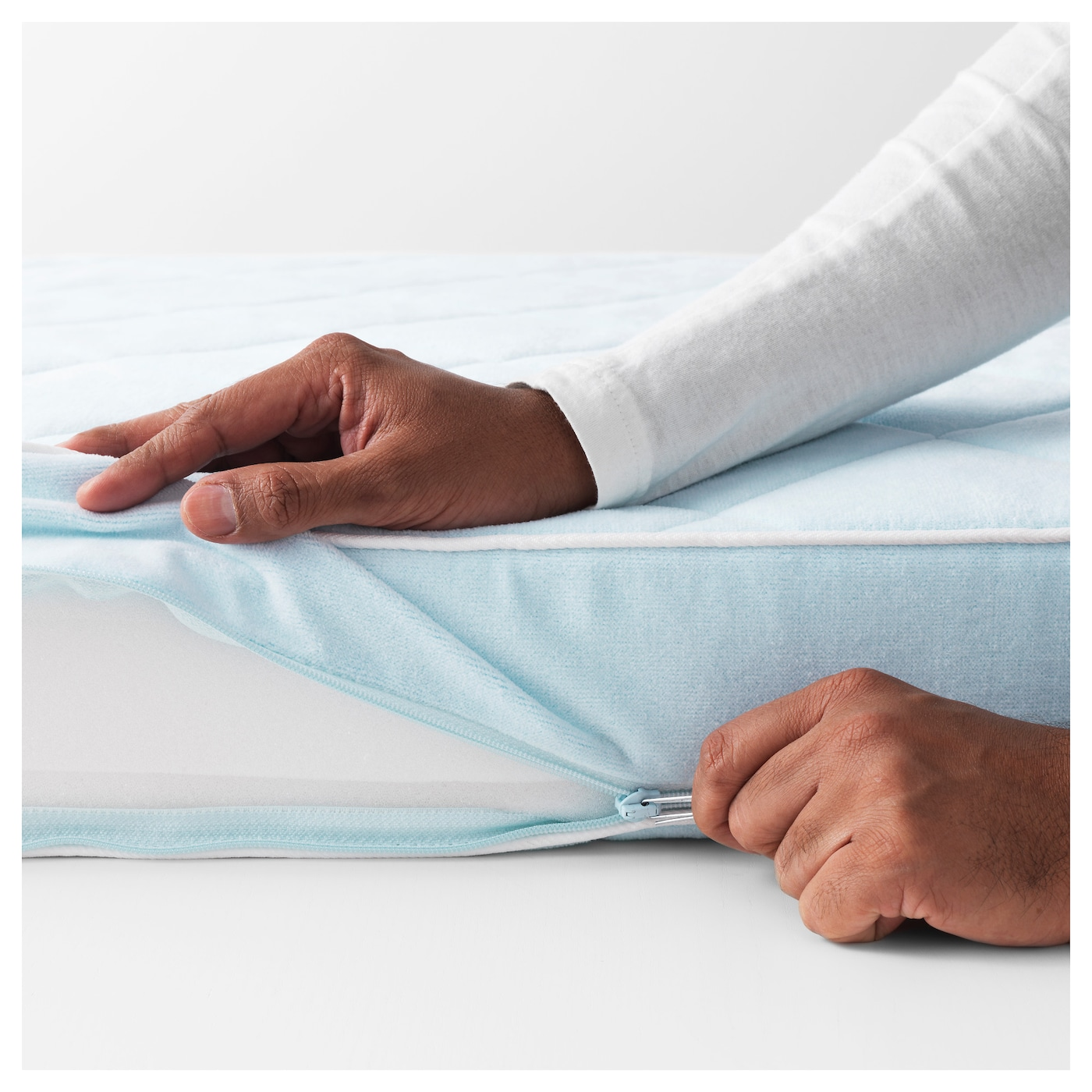 IKEA VYSSA VACKERT mattress for cot Both sides can be slept on, so it lasts longer.
