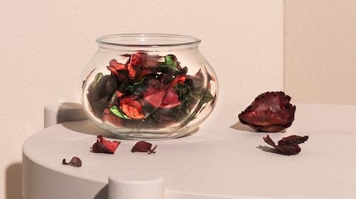 Dried plants & potpourri