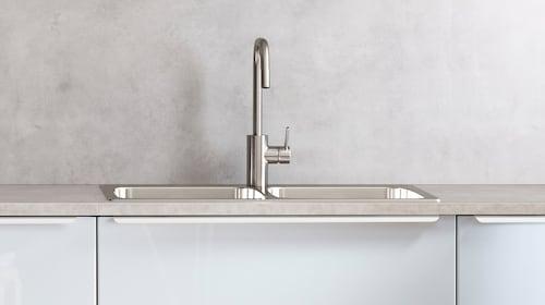 أحواض وحنفيات المطبخ
