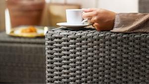 Секции садовых диванов