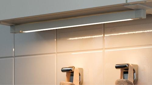 Éclairage connecté pour salle de bains