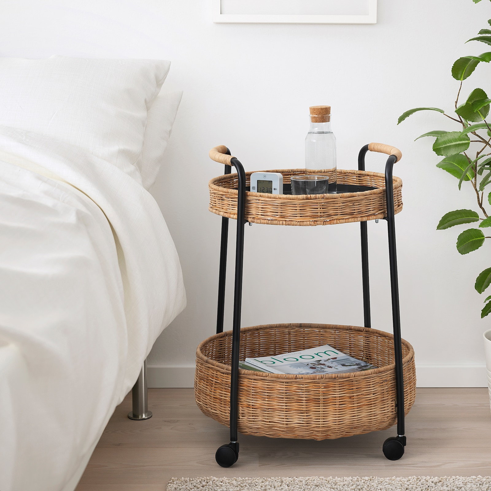 IKEA - poslužavnik od ratana