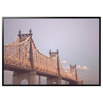 BJÖRKSTA kép kerettel híd/fekete 200 cm 140 cm