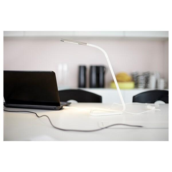 HÅRTE LED-es íróasztallámpa, fehér/ezüstszínű