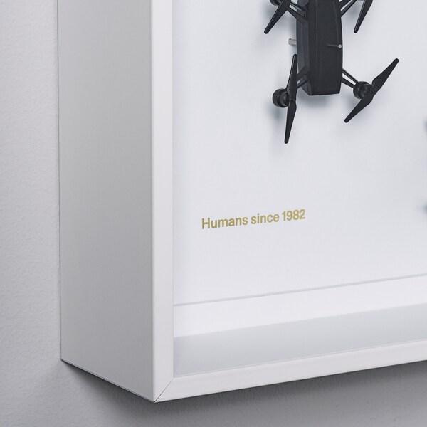 IKEA ART EVENT 2021 Fali dekoráció, drón mintás fehér, 50x50 cm