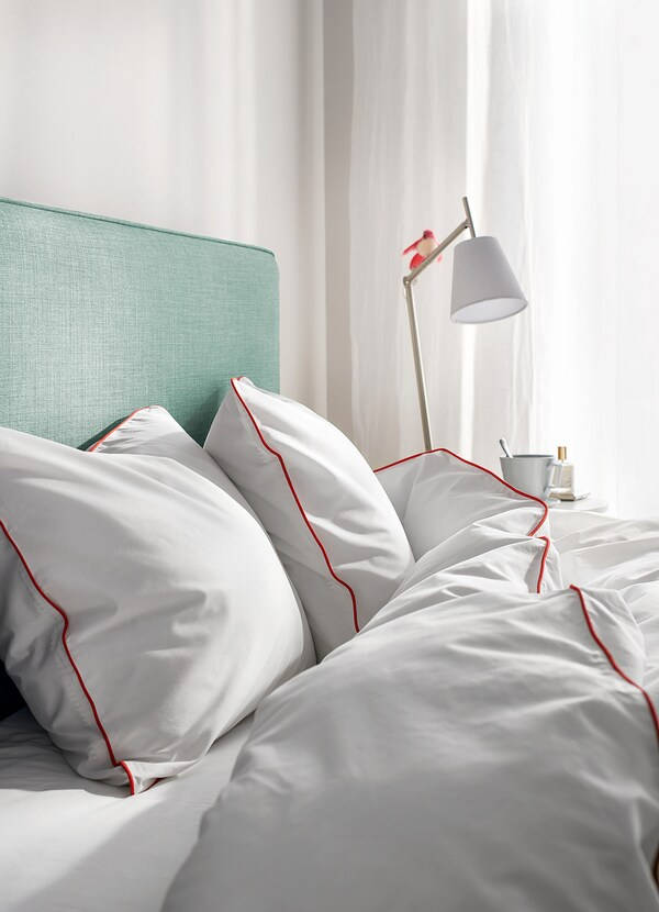KUNGSBLOMMA Ágyneműhuzat-garnitúra, fehér/piros, 150x200/50x60 cm