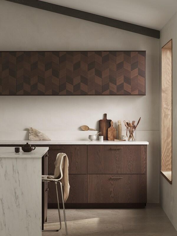 METOD Faliszekrény, vízszintesen nyíló, fehér Hasslarp/barna mintázott, 40x40 cm