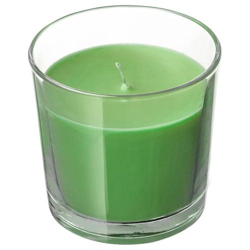 SINNLIG illatosított gyertya üvegben Alma és körte/zöld 7.5 cm 25 óra