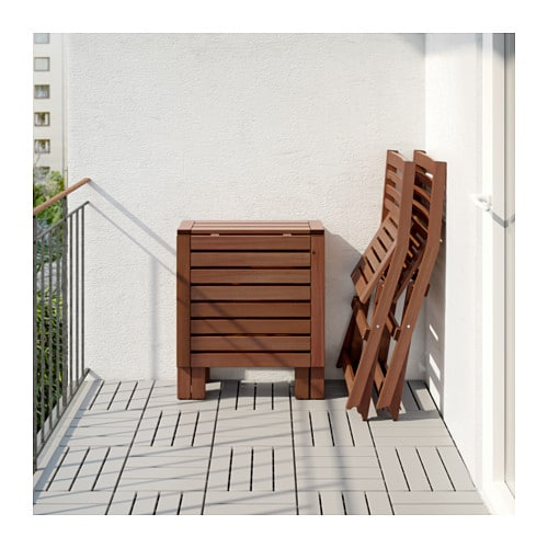 Pplar table 2 folding chairs outdoor brown stained for Grande table murale rabattable