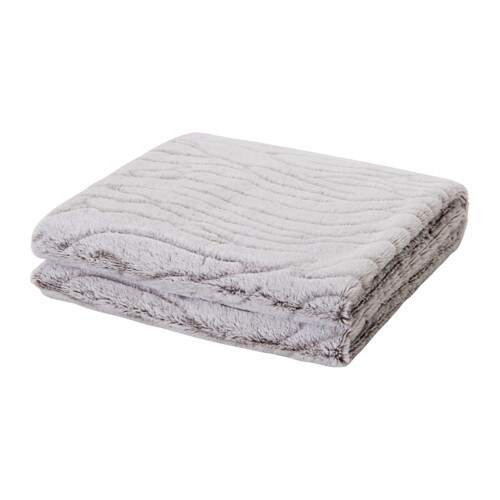 IKEA BLÅREGN throw The fleece throw feels soft against your skin and can be machine washed.