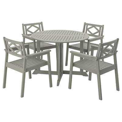 BONDHOLMEN table+4 chairs w armrests, outdoor grey stained