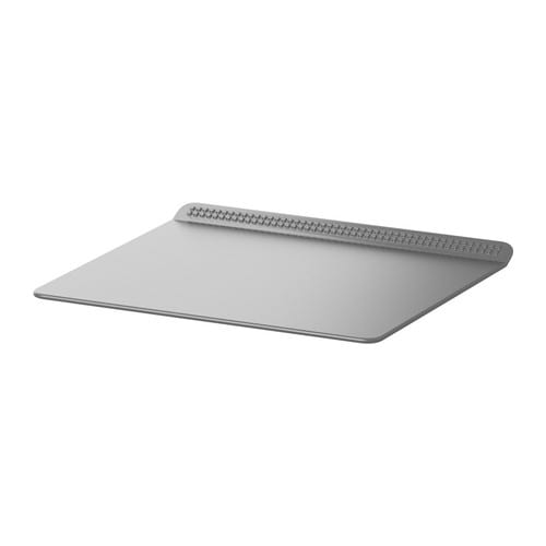 IKEA DRÖMMAR baking sheet Pastry releases easily thanks to the non-stick coating.