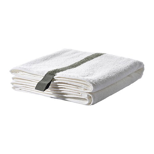 IKEA FÄRGLAV bath towel The long, fine fibres of combed cotton create a soft and durable towel.