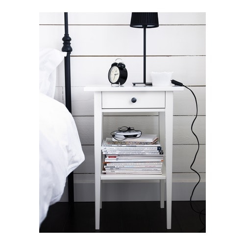 HEMNES Bedside table White 46x35 cm IKEA : hemnes bedside table white0168128pe222254s4 from ikea.com size 500 x 500 jpeg 32kB