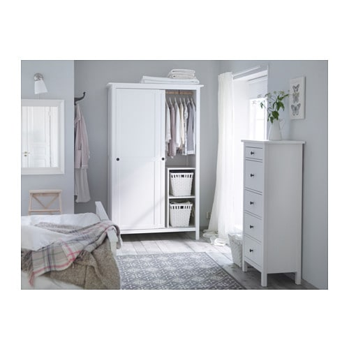 ikea hemnes wardrobe with 2 sliding doors. Black Bedroom Furniture Sets. Home Design Ideas