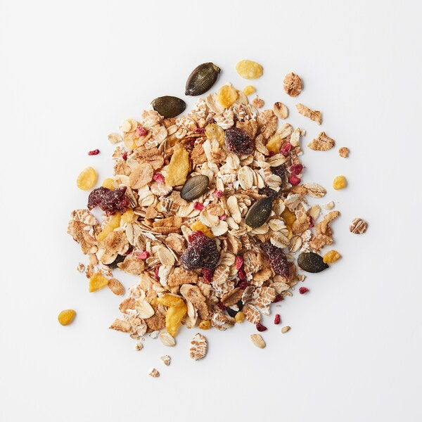 HJÄLTEROLL Muesli, with dried berries, 400 g
