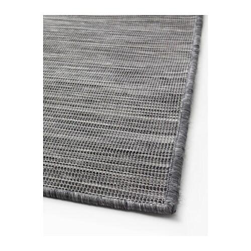 Hodde rug flatwoven in outdoor grey black 200x300 cm ikea for Grey rug ikea