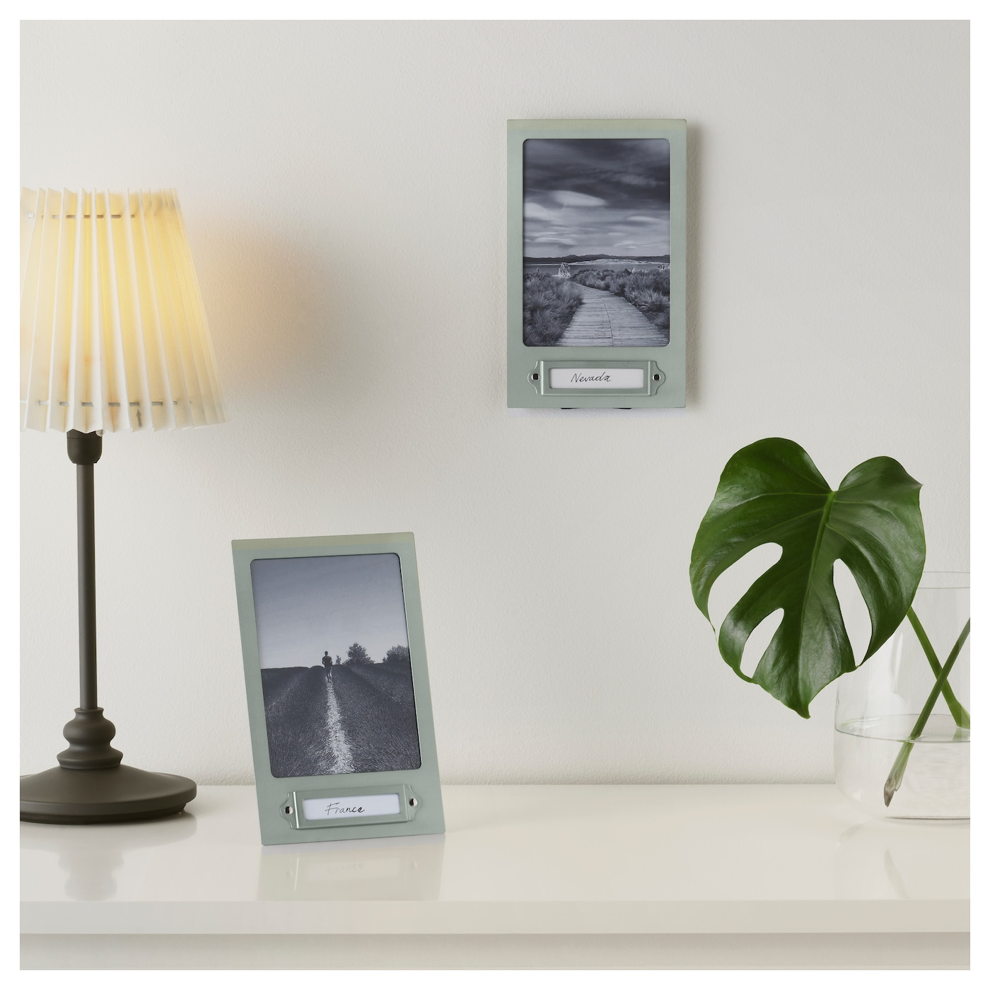 IKEA HYLTEBRUK frame Can be used hanging or standing to fit in the space available.