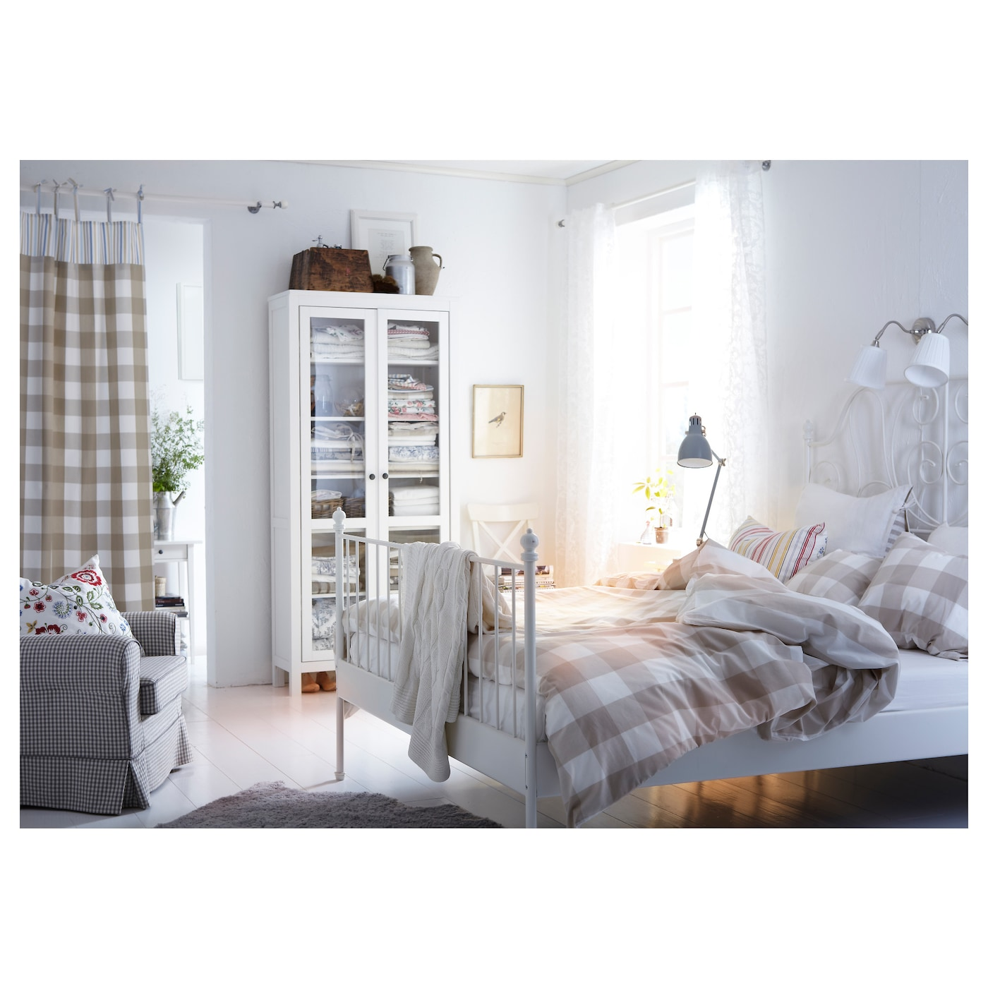 leirvik bed frame white lur y 160x200 cm ikea. Black Bedroom Furniture Sets. Home Design Ideas