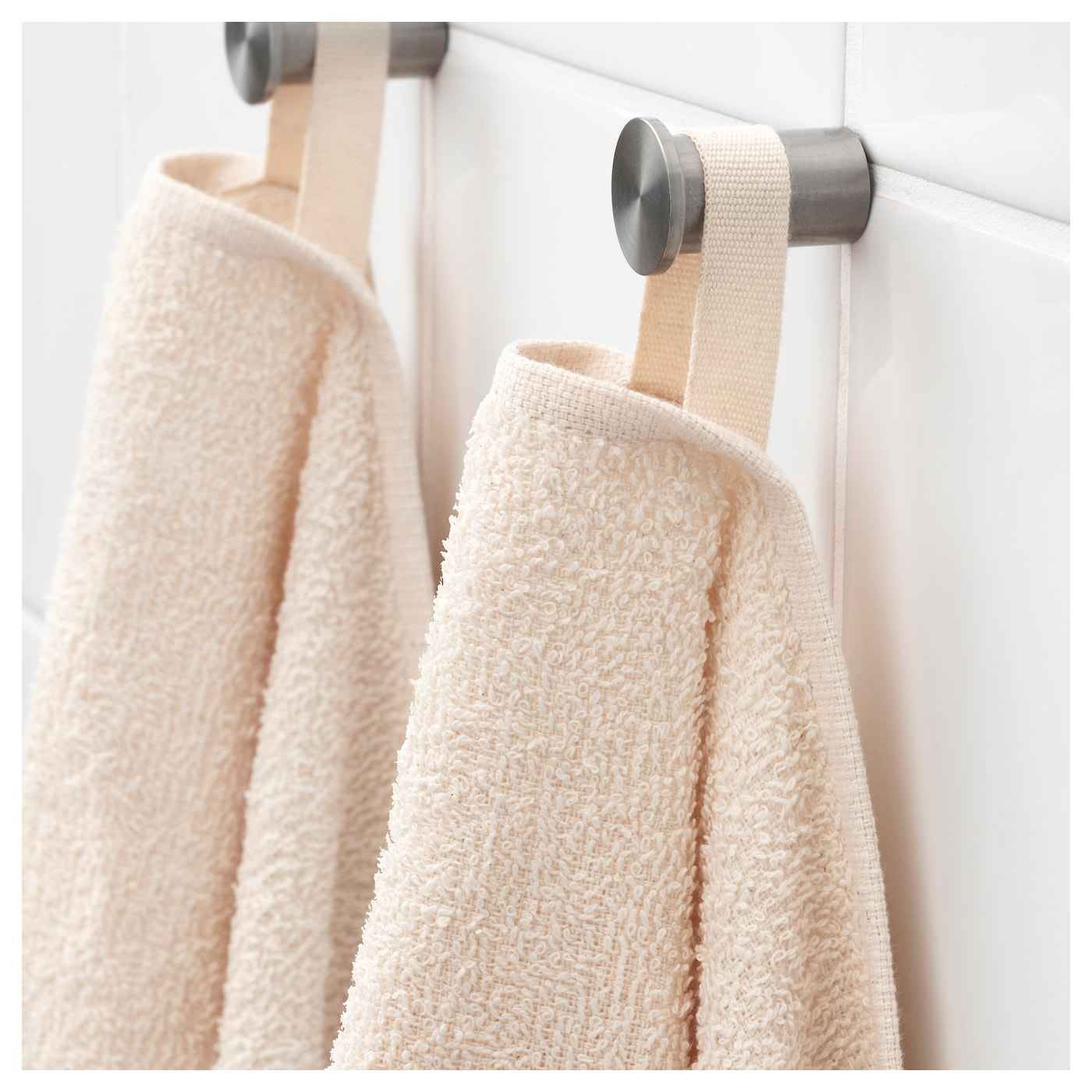 IKEA LEJAREN bath towel A perfect choice if you want a towel that dries quickly.