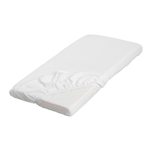 IKEA LEN fitted sheet The fitted sheet's elastic means you can make the bed quickly and easily.