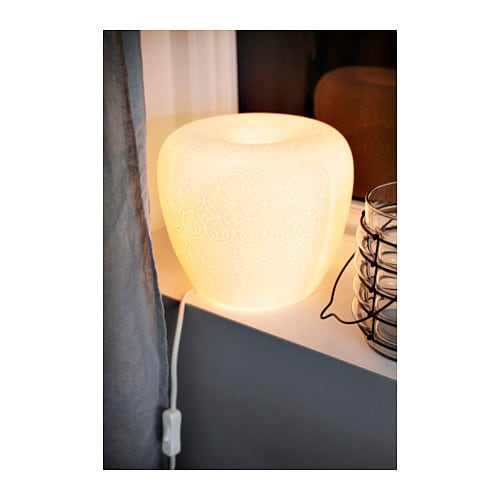 Liter table lamp white ikea for Table lit ordinateur ikea