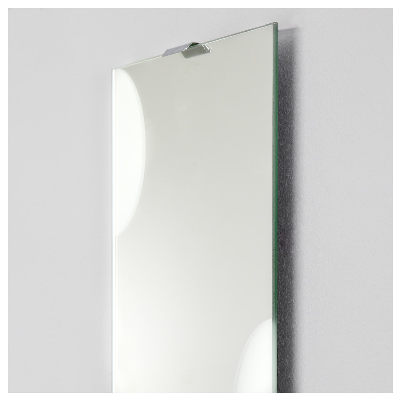 IKEA LUNDAMO mirror Provided with safety film - reduces damage if glass is broken.