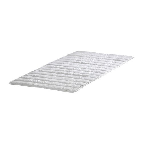 IKEA NATTLIG waterproof mattress protector The waterproof inner layer protects the mattress.