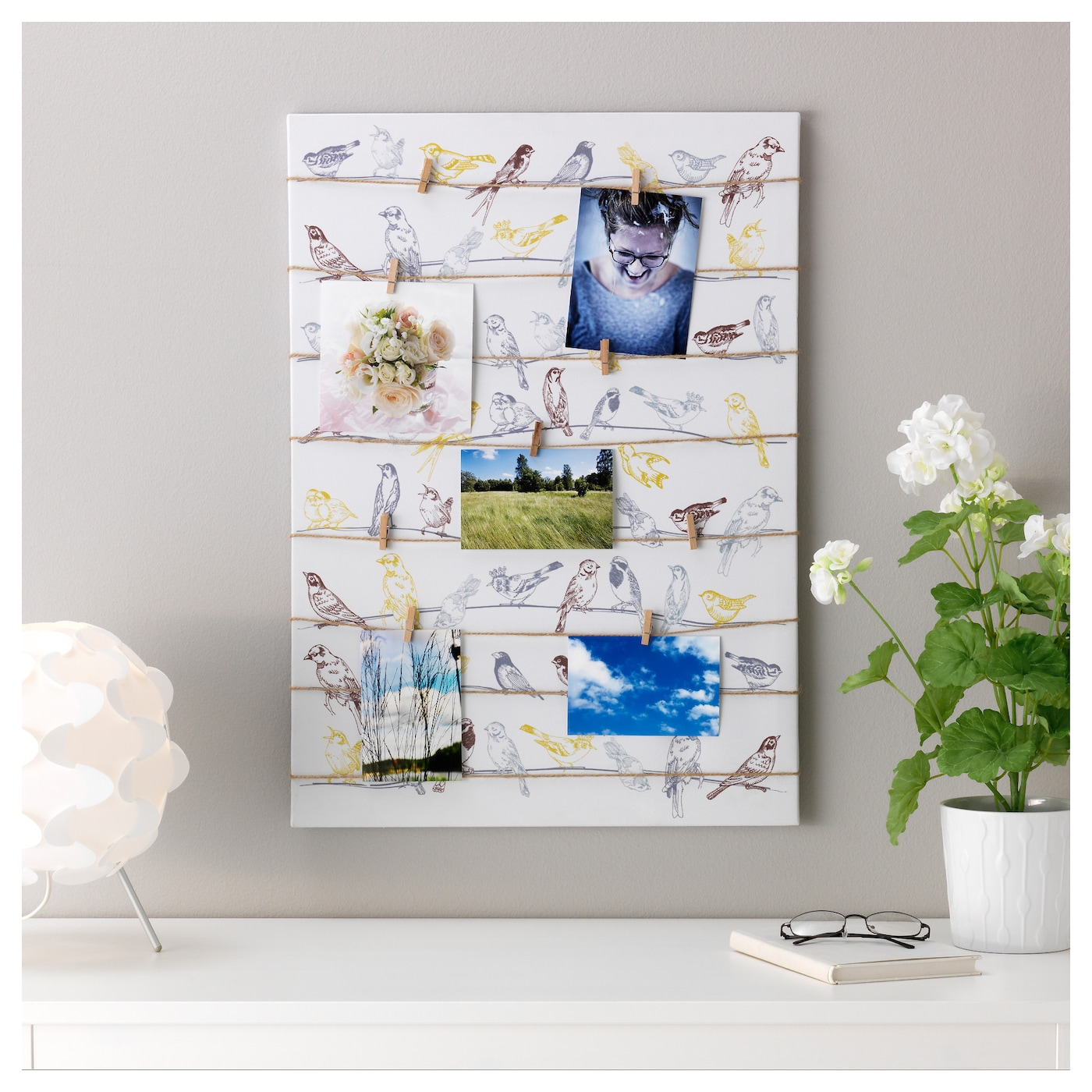 IKEA PJÄTTERYD picture You can personalise your home with artwork that expresses your style.