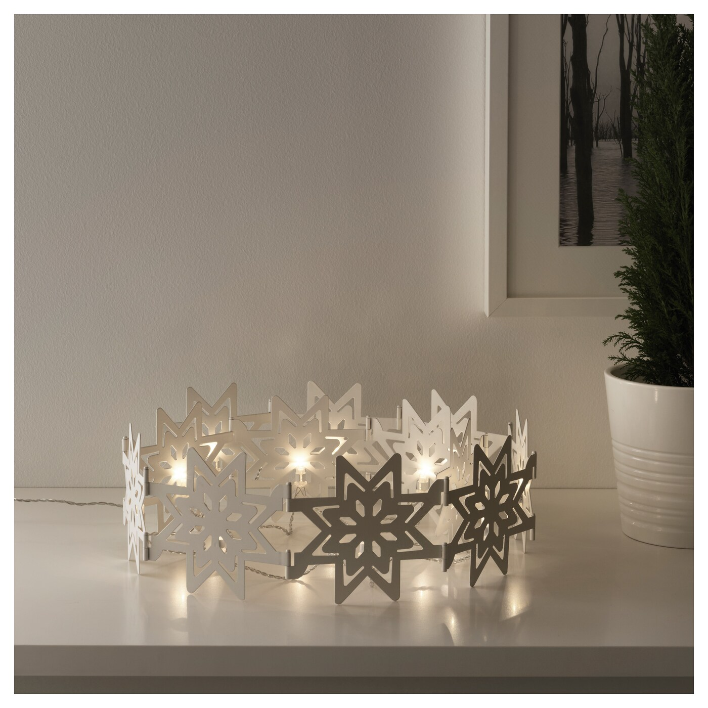 IKEA STRÅLA LED table decoration Perfect for creating the ambiance of the holidays in your home.