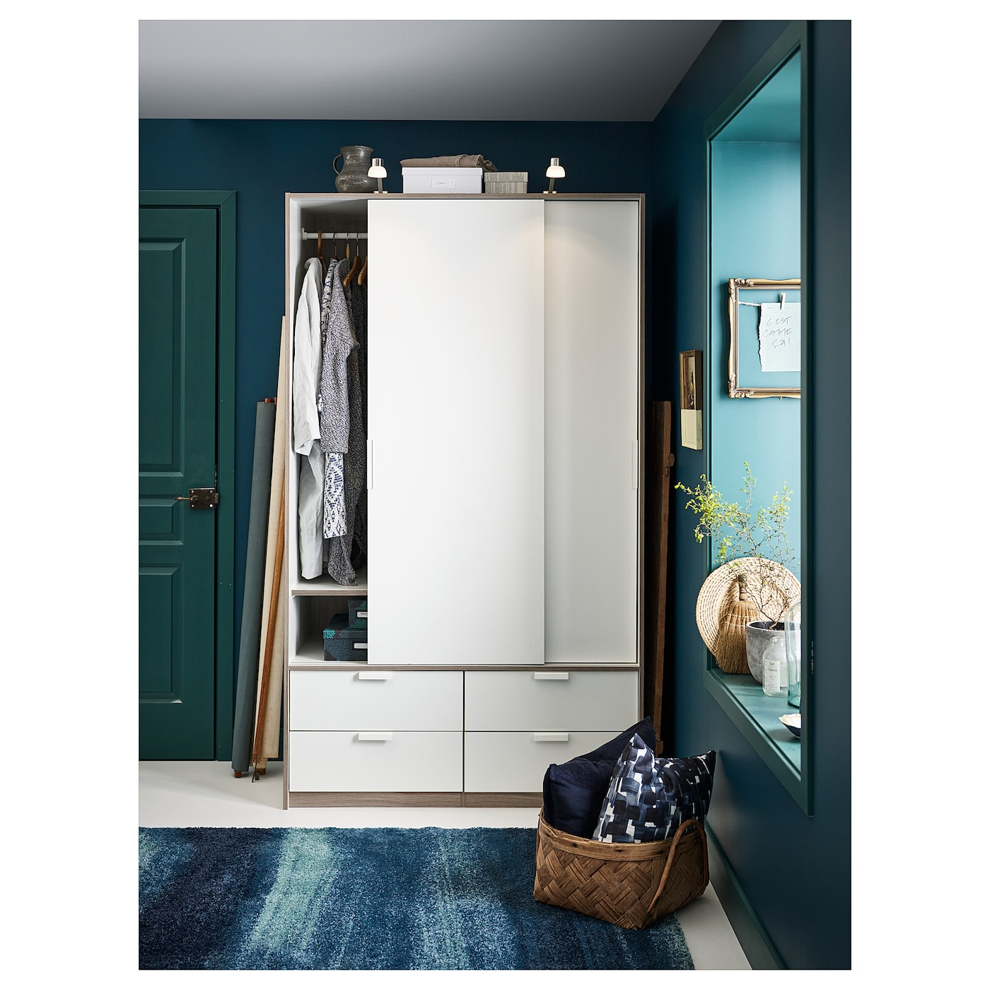 IKEA TRYSIL wardrobe w sliding doors/4 drawers Smooth running drawers with pull-out  sc 1 st  Ikea & TRYSIL Wardrobe w sliding doors/4 drawers White 118 x 61 x 202 cm - IKEA