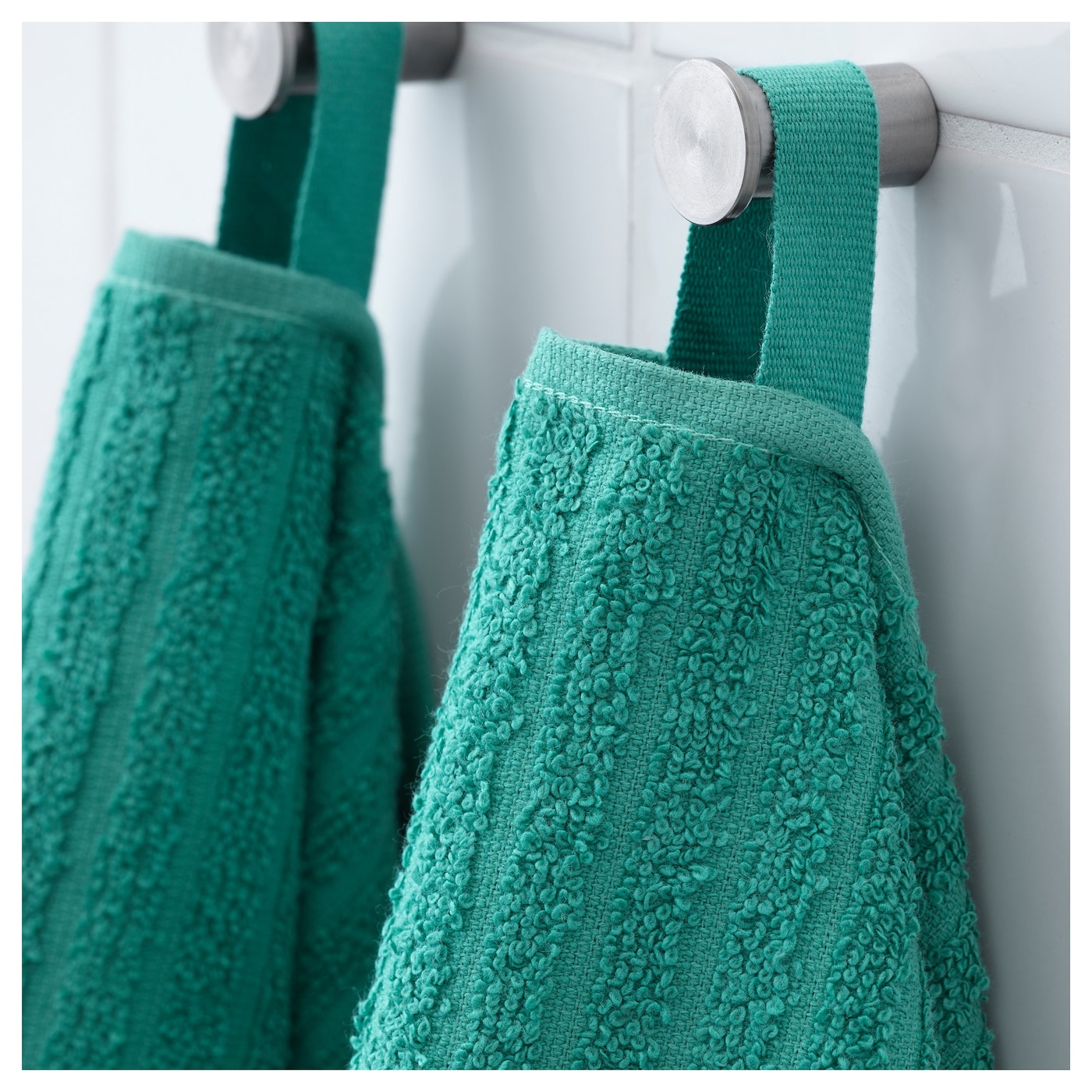 IKEA VÅGSJÖN bath towel A terry towel that is soft and absorbent (weight 390 g/m²).