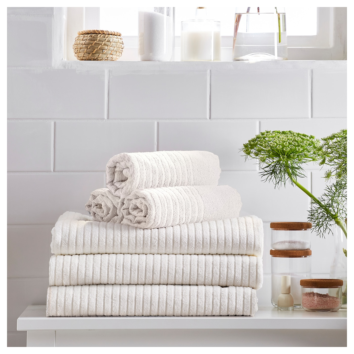 IKEA VÅGSJÖN washcloth A terry towel that is soft and absorbent (weight 390 g/m²).