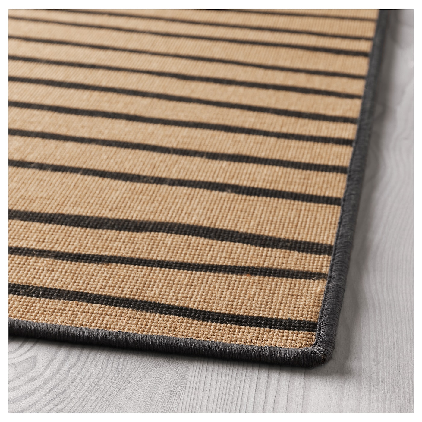 IKEA VINTER 2017 rug, flatwoven Easy to vacuum thanks to its flat surface.