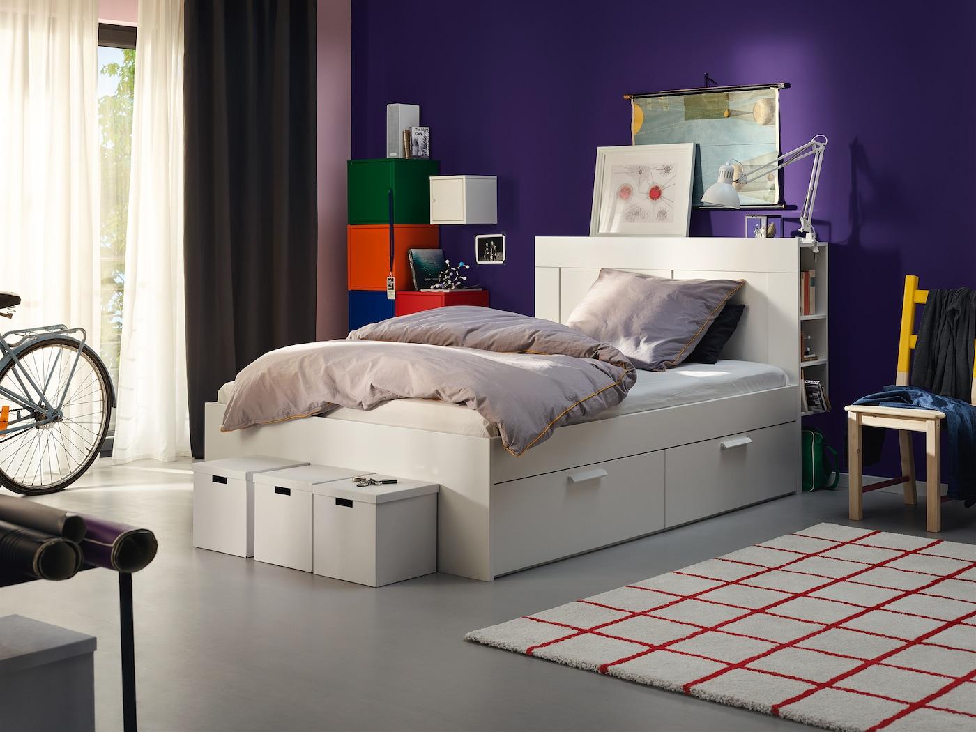 stilsicheres schlafzimmer in beige  ikea