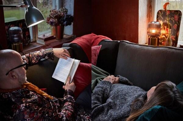 책을 읽는 사람과 편히 누운 사람이 같은 소파의 양쪽 끝에 있어요.