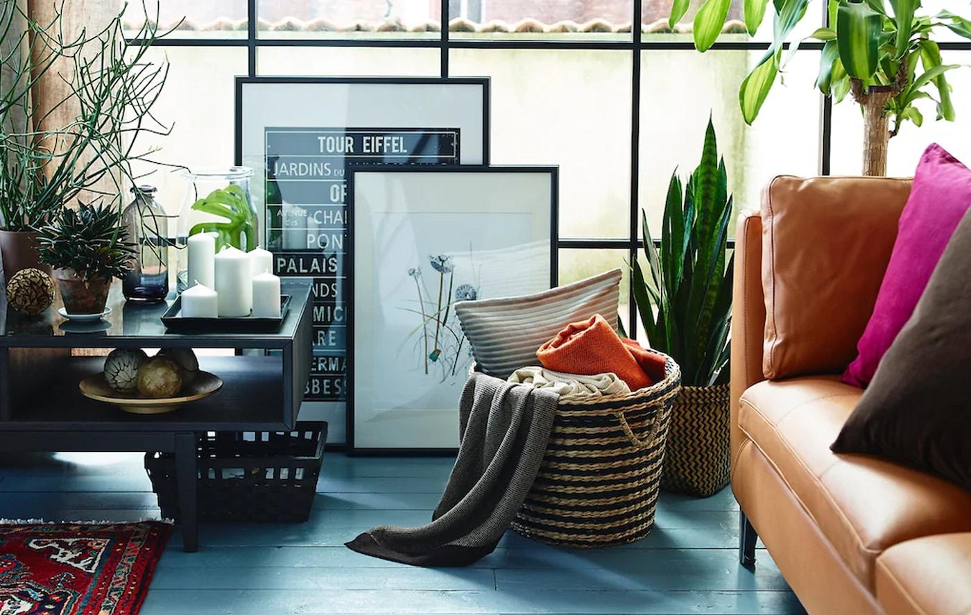 Decoraci n de salones c mo decorar un sal n moderno ikea for Como decorar un salon moderno