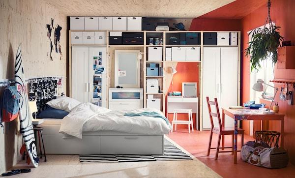 PAX Kleiderschrank für Schlafzimmer - IKEA