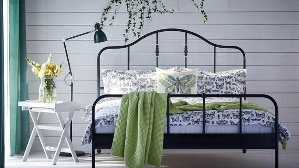 เตียงควีนไซส์