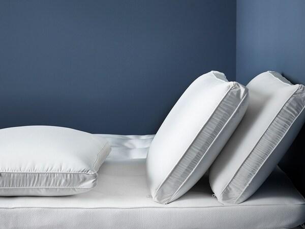 시원한 블루 톤의 침실
